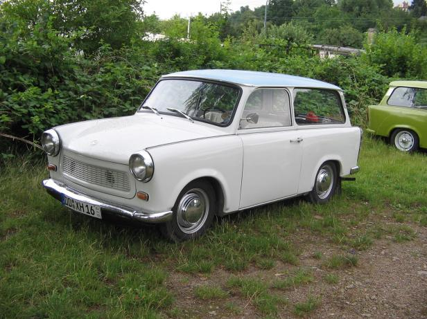 A real car to spend good time: Trabant