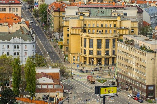 Bratislava uni